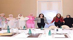 مونية معوني: الدبلوماسية الملكية هي دبلوماسية تغيير وتقوية الترسانة الاستراتيجية المغربية في ظل عالم لم يعد يشهد توازنات في نظريات القوى العالمية