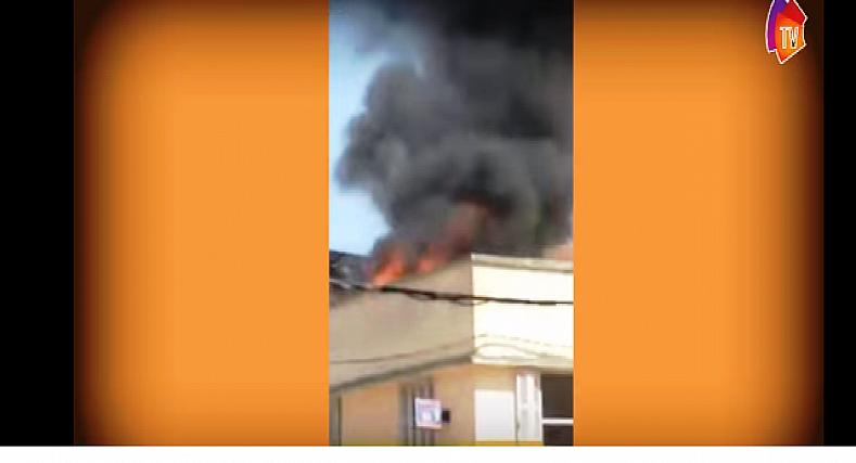 فيديو: شارجور يتسبب في إندلاع حريق في منزل بحي السلام القصر الكبير