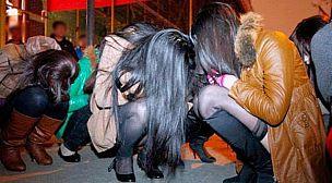 أمن أكادير يوقف أجانب وفتيات متلبسين بالدعارة
