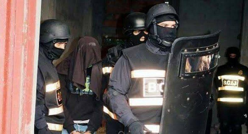 اعتقال شاب بأولاد تايمة بتهمة الانتماء والتواصل مع تنظيم إرهابي