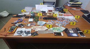 عملية نوعية لأمن أكادير تفضي لاعتقال متورطين في ترويج معدات تستخدم في الغش في الامتحانات