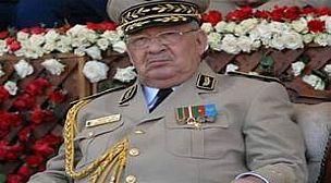 عاجل.. وفاة أحمد قايد صالح رئيس أركان الجيش الجزائري