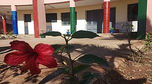 من أجل فضاء مدرسي لائق:  شعار حملة نظافة نظمتها جمعية الآباء لثانوية لوناسدة التأهيلية بقلعة السراغنة