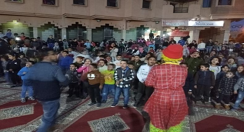 مراكش : امسية ترفيهية عاشها اطفال الحي الحسني..والجمعية المغربية لتربية الشبيبة تحقق الهدف