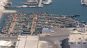 ميناء اكادير يستقبل البحارة العائدين من أعالي البحار وسط اجراءات مشددة