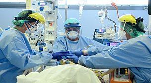 """وفاة 23 مهاجرا مغربيا في إيطاليا جراء وباء """"كورونا""""."""