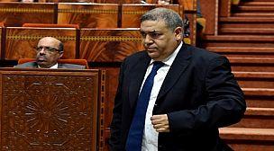 """وزير الداخلية يستنفر الولاة والعمال لبلوغ هدف """"صفر ورقة""""."""