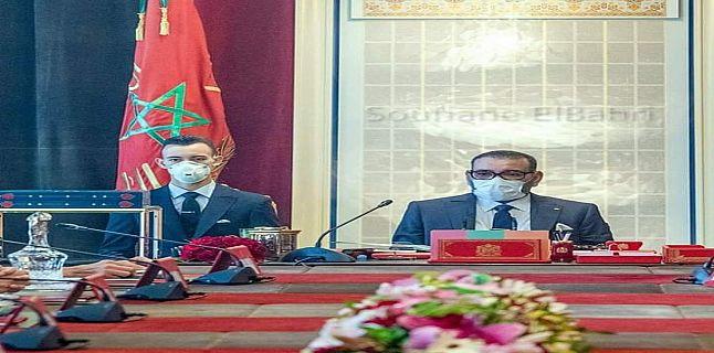 الملك يسأل وزير الصحة عن تطور وضعية جائحة كورونا بالمغرب