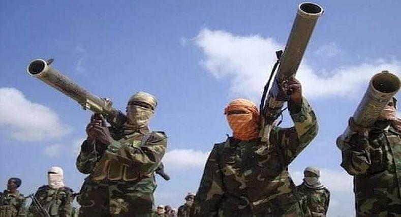 البوليساريو تنسق مع متطرفين في مالي وليبيا، للحصول على دعم من أجل تنفيذ عمليات ضد الجيش المغربي.