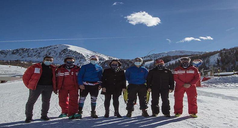 الجامعة الملكية المغربية للتزلج ورياضات الجبل تمثل المغرب في بطولة العالم للتزلج بإيطاليا.