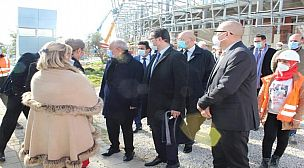 الوزير الفردوس يزور مدينة طنجة ويتفقد مدى تقدم الأشغال
