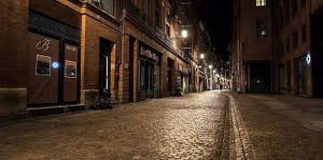 حظر التجول الليلي اعتبارا من السادسة مساء على كامل الأراضي الفرنسية