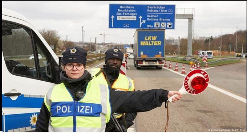 ألمانيا تغلق حدودها البرية مع دول الجوار ..