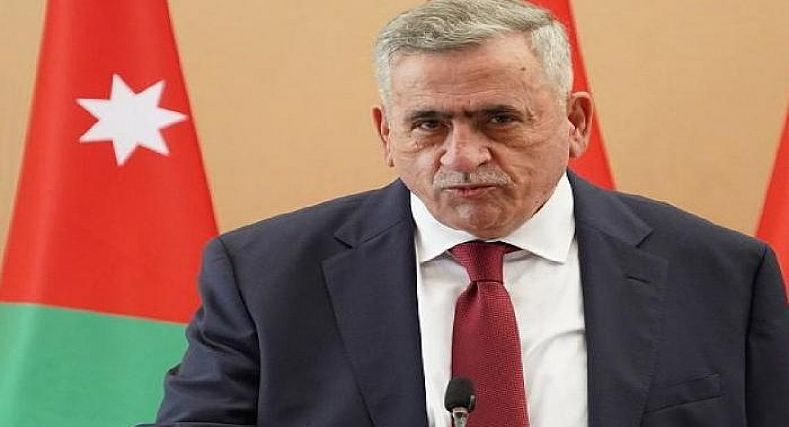إستقالة وزير الصحة الأردني بعد وفاة 6 أشخاص جراء انقطاع الأوكسجين.