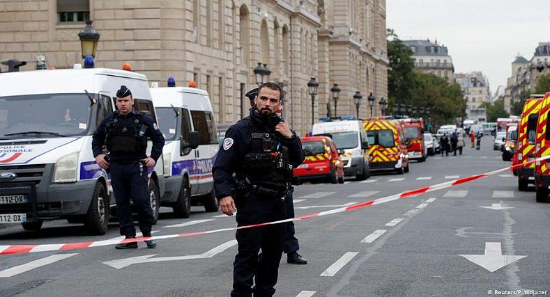 فرنسا: اعتداء بالسلاح الأبيض على شرطية أصيبت بجروح خطيرة بمنطقة قرب نانت