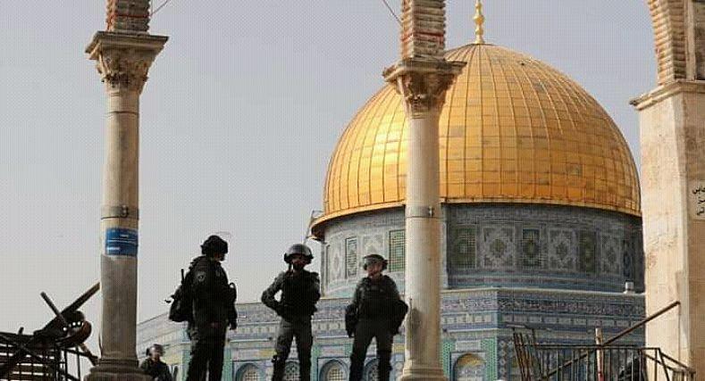 حماس تقصف القدس بصواريخها بعد مقتل العديد من عناصرها على يد الجيش الإسرائيلي.