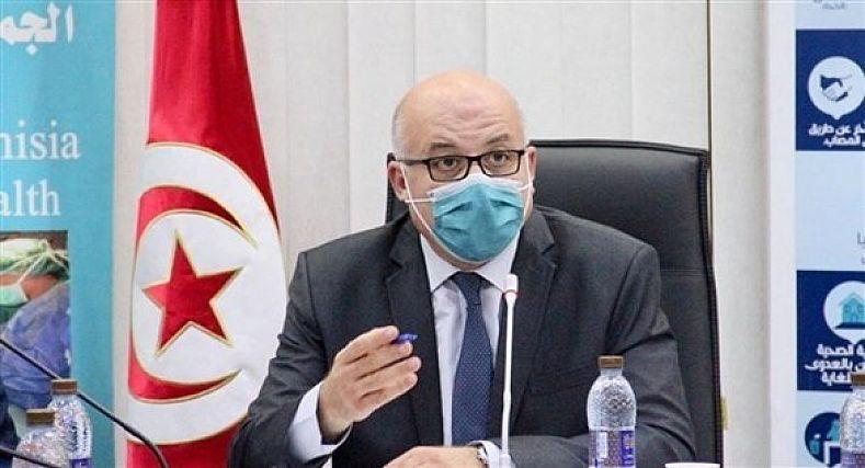 أزمة كوفيد تسقط رأس وزير الصحة