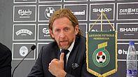 البلجيكي دو ويلد يصل المغرب تمهيداً لتعيينه مديراً تقنياً للرجاء الرياضي