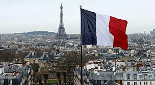 فرنسا تشدد شروط منح التأشيرات لمواطني المغرب والجزائر وتونس.