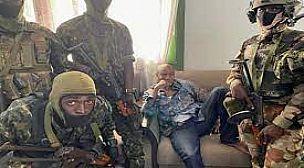 غينيا: قوات خاصة تعلن القبض على الرئيس كوندي والاتحاد الأفريقي يندد بالانقلاب