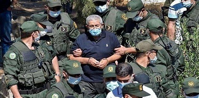 الجزائر..السجن 10 أعوام لرئيس الوزراء الأسبق أويحيى