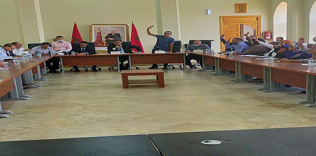 واحة سيدي ابراهيم : انتخاب رؤساء اللجان الدائمة في دورة استثنائية للمجلس الجماعي.